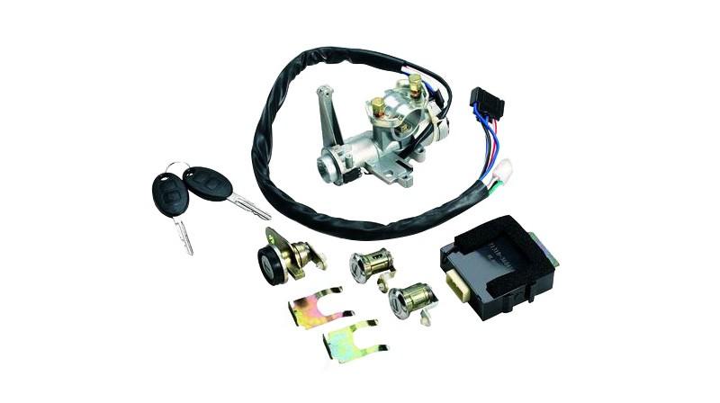 Steering wheel lock and door lock core assembly